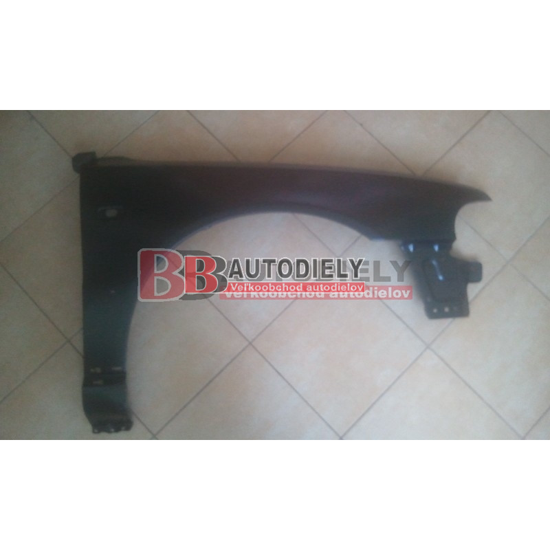 Audi A4 3/99-9/00- Predný Blatník Pravý