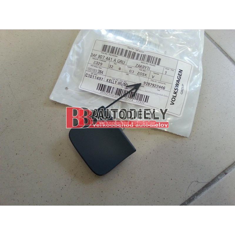 VW PASSAT B7 11/2010- Zadná záslepka ťažného háku /pre KOMBI/- Originál diel